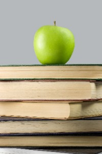 books_and_apple